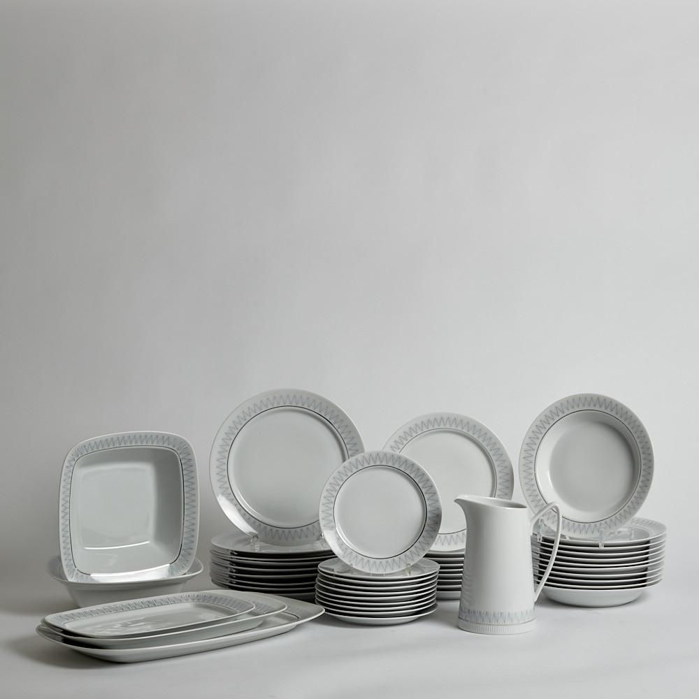 Upsala-ekeby - såld servis 45 delar