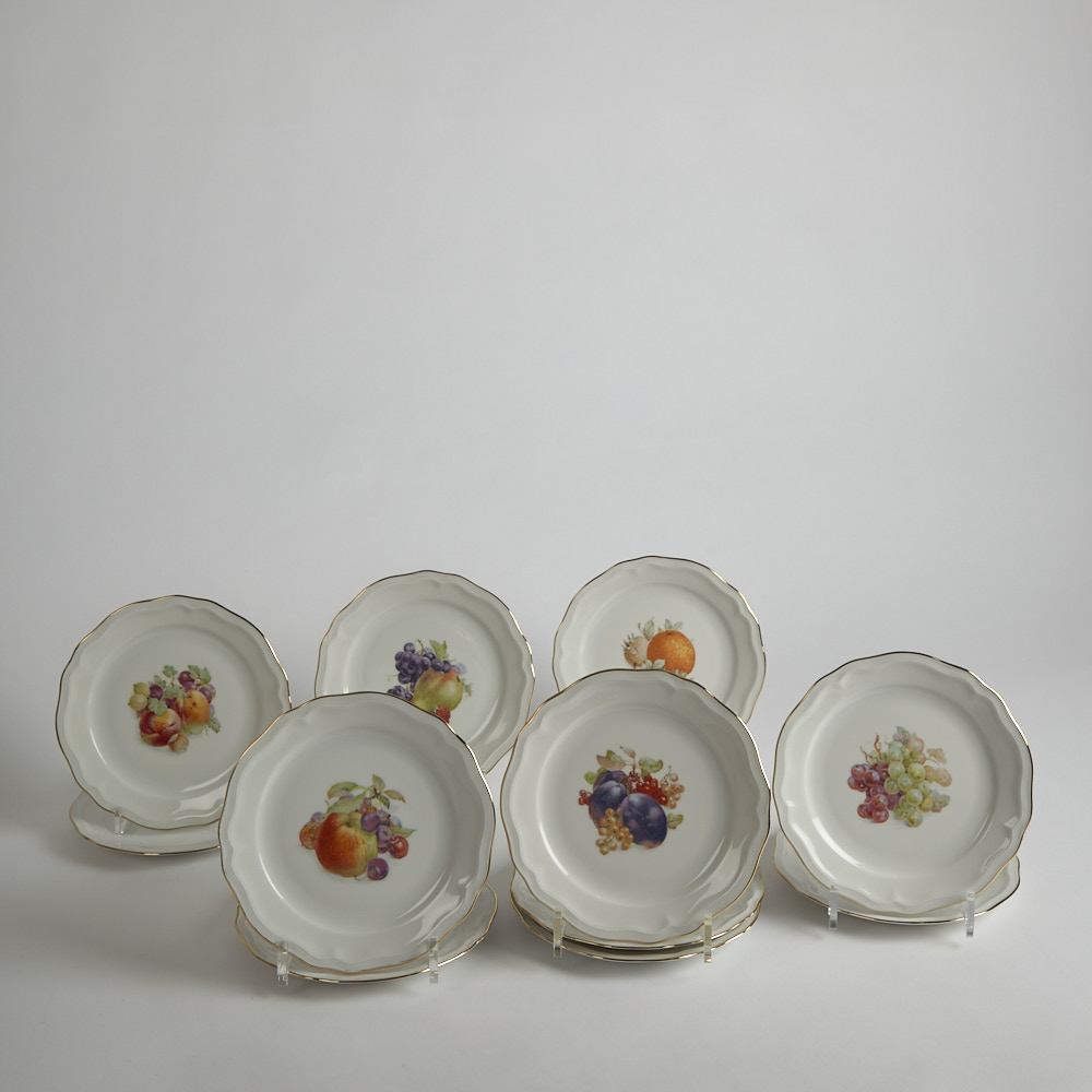Vintage - Desserttallrikar med Fruktdekor 11 st