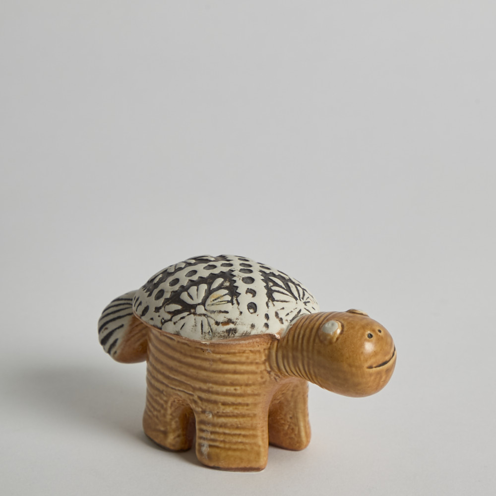 """Gustavsberg - Sköldpadda """"Jura"""" av Lisa Larson"""