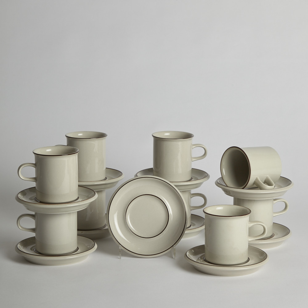 "Arabia - Kaffekoppar med Fat ""Fennica"" 8 st"